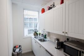 Flexible office space London 1st floor kitchen
