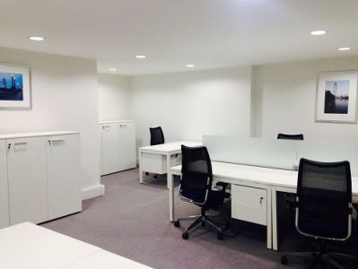 London office to rent private office