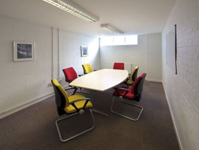 Earlsfield Business Centre - Meeting Room