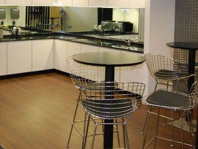 London office to rent kitchen