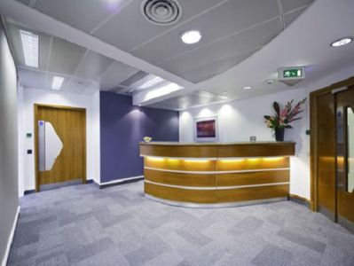 Office space rental London Old Broad Street reception