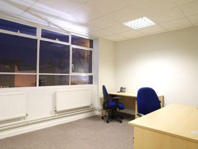 Earlsfield Business Centre - Office 1