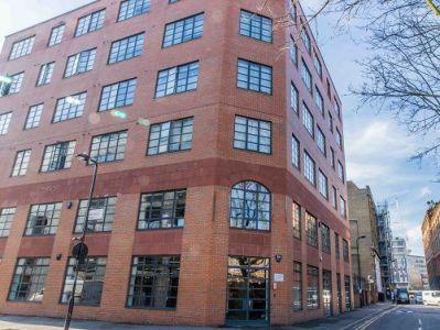 Office space rental London External